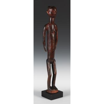Female Figure: Kaponya wa Mwana Pwo