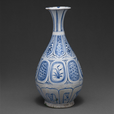 Vase with floral and wave design