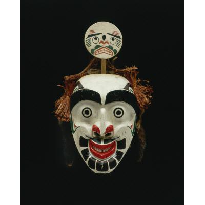 'Ma'ma'k'wagamhl (mask of the Moon)